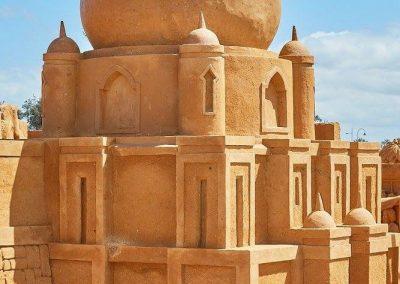 sand-sculpting-boneo-maze-gallery-image